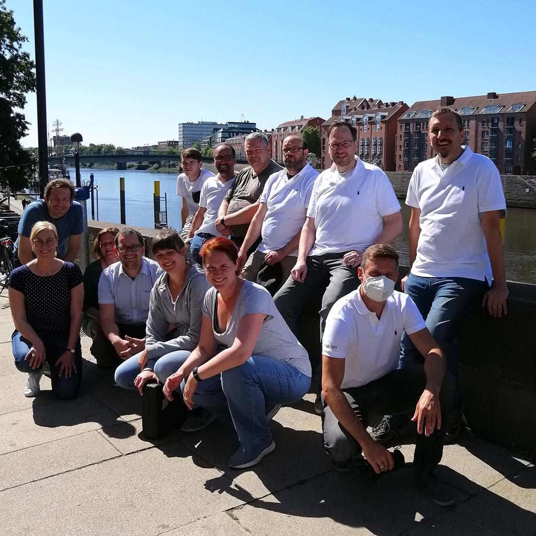 Finacon Gruppenfoto mit dem Kinderschutzbund
